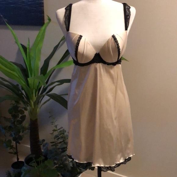 French Designer Simone Perele lingerie size36D cup